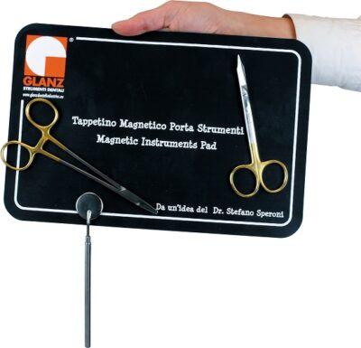 Tappetino-magnetico-porta-strumenti.jpg